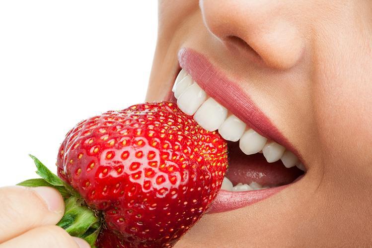 zęby z licówkami